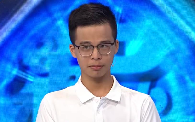 Nam sinh Olympia gây sốt với màn giới thiệu tên trường siêu lầy, nghe xong chỉ muốn kéo đi thi Rap Việt ngay!