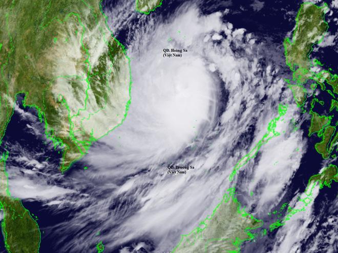 Ba yếu tố khiến bão số 9 thành cơn cuồng phong - Ảnh 1.