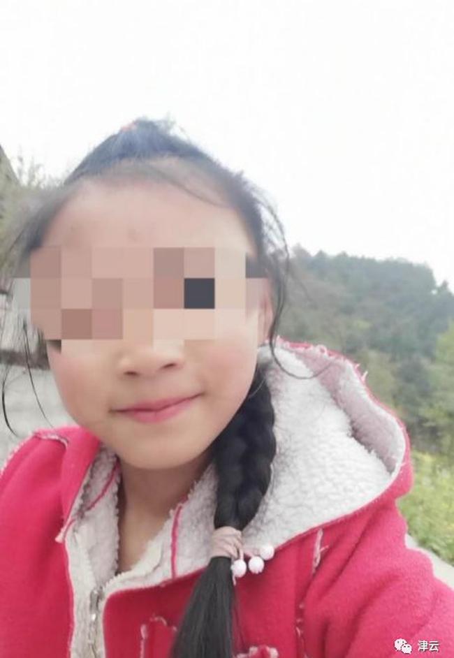 Vụ bé gái 10 tuổi tử vong sau khi bị cô giáo đánh vì làm sai bài tập: Hé lộ nguyên nhân cái chết nhưng vẫn khiến gia đình phẫn nộ - Ảnh 1.