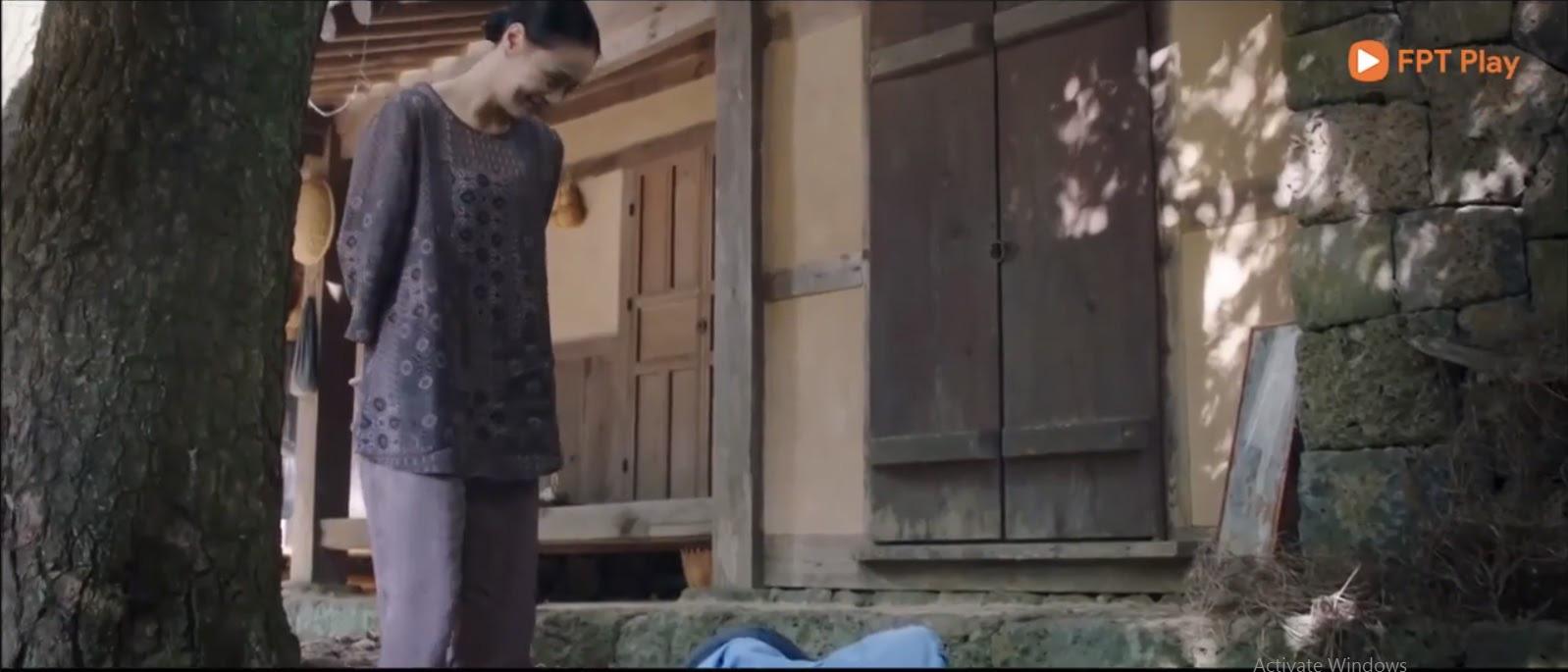 4 lý do khiến Bạn Trai Tôi Là Hồ Ly rớt giá: Đôi chính yêu đương gượng gạo, Lee Dong Wook y hệt thời Goblin - Ảnh 3.
