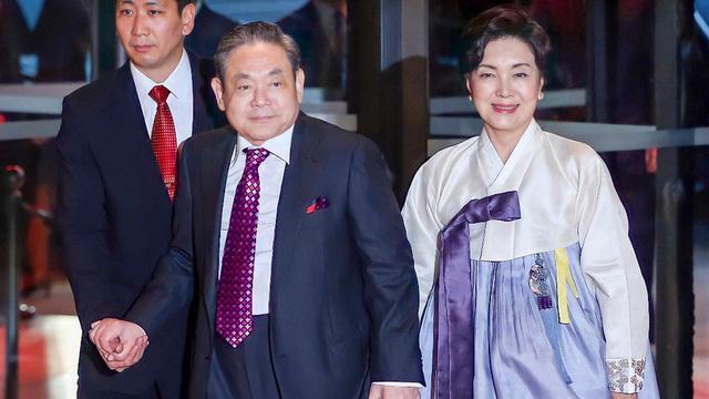 Người đàn bà quyền lực phía sau đế chế Samsung: Bóng hồng khiến cố chủ tịch Lee Kun Hee đến chết cũng không từ bỏ - ảnh 3
