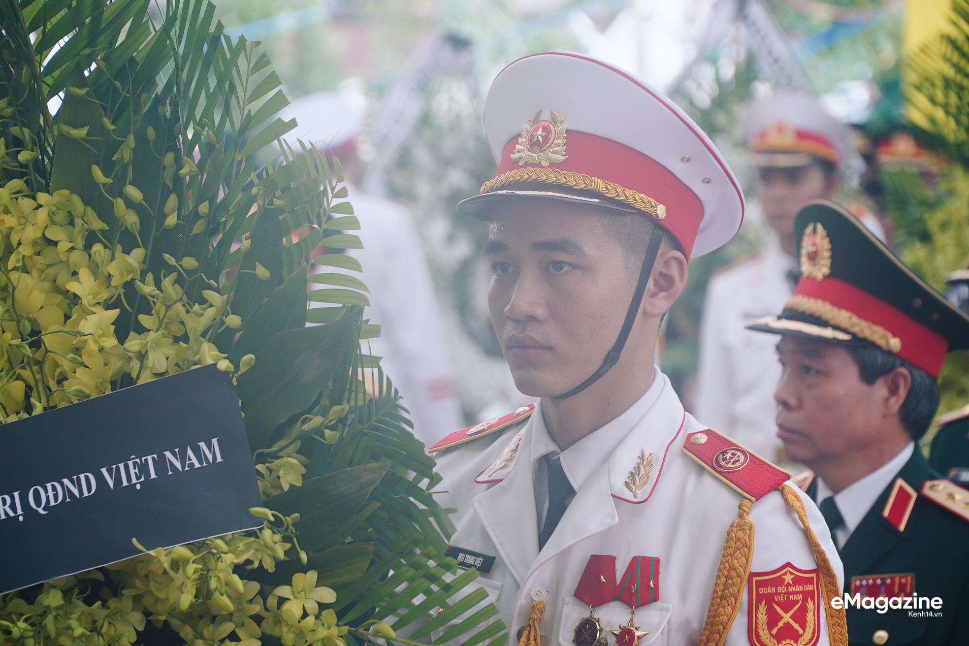 Giông bão nào cũng sẽ vượt qua, vì người Việt ta luôn sống với nhau bằng cái nghĩa đồng bào! - Ảnh 10.