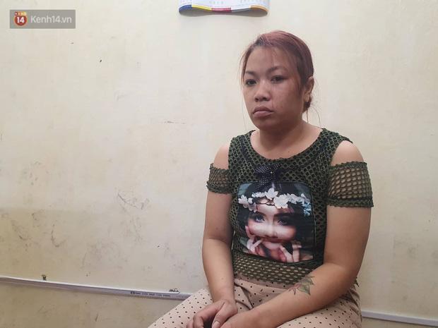 """Xét xử vụ """"mẹ mìn"""" bắt cóc bé trai 2 tuổi ở Bắc Ninh: Bố mẹ cháu bé đến tòa từ sớm, mong muốn đối tượng bị xét xử nghiêm khắc - ảnh 5"""