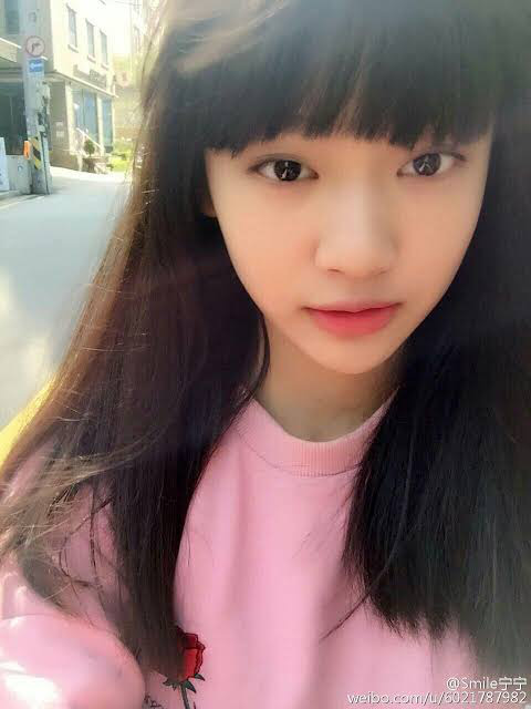 Mỹ nhân Trung Quốc mới của nhà SM: Style thời chưa son phấn khác một trời một vực, đúng là dậy thì thành công - Ảnh 8.