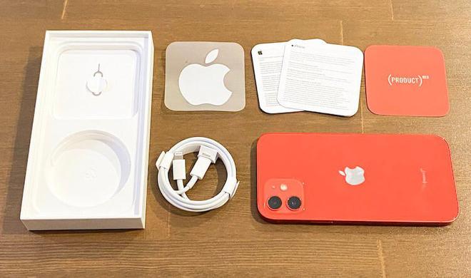 Hiệu ứng Apple: Mua điện thoại Samsung hay Microsoft cũng không kèm tai nghe theo hộp? - Ảnh 2.