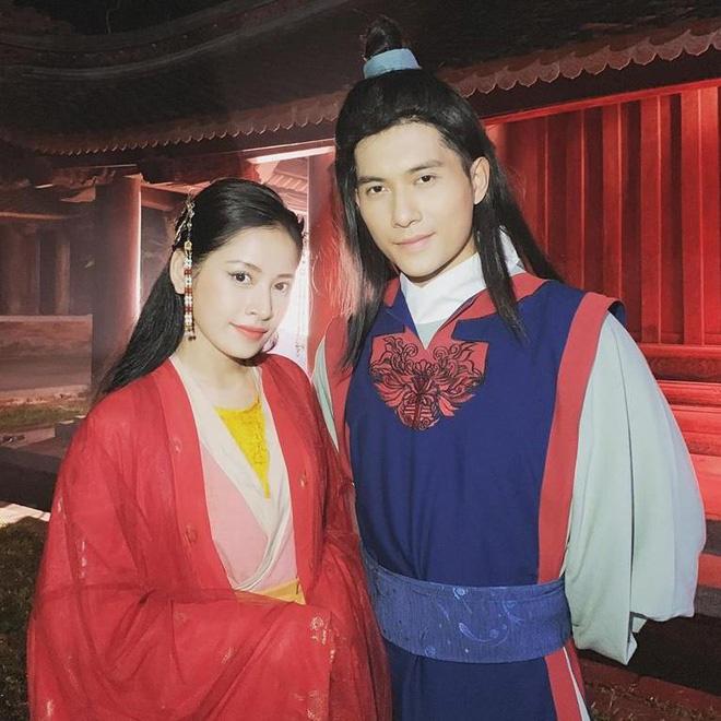 Trai trẻ kè kè cạnh Lệ Quyên trước khi xác nhận ly hôn: Thị vệ trong MV của Chi Pu, mỹ nam gây sốt Người Ấy Là Ai - ảnh 10