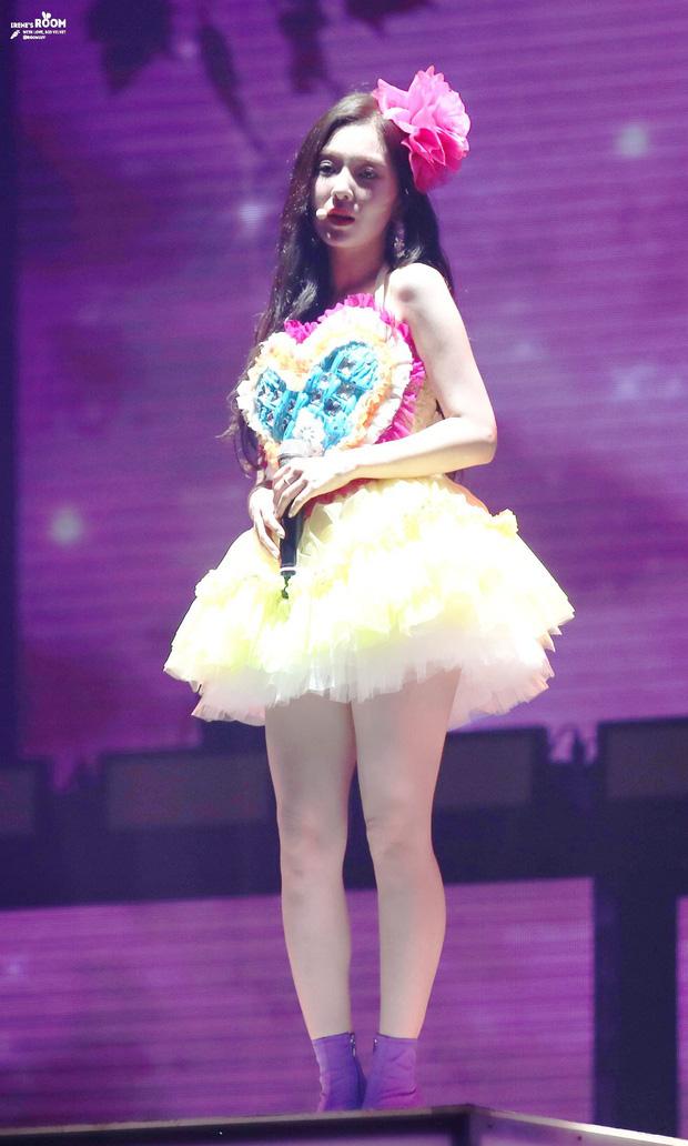Cùng là 2 bông hoa tai tiếng của SM, nhưng sao style của Irene - Chanyeol lại trái ngược éo le cỡ này? - ảnh 8