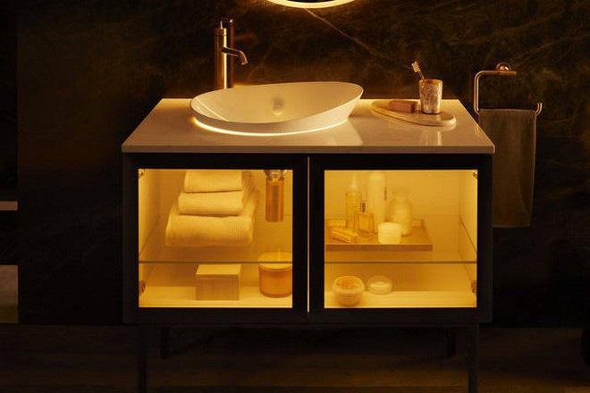 Dạo quanh phòng tắm công nghệ cao đặc biệt, nơi có thể điều khiển mọi thứ từ toilet đến gương bằng giọng nói với giá bán gần 400 triệu - ảnh 6