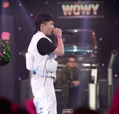 Suboi escaped the scene empty-handed when Tlinh was saved by JustaTee to save the Vietnamese Rap final - Photo 8.
