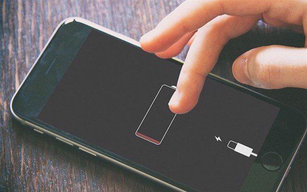 Đọ dung lượng pin từ iPhone 7 đến iPhone 12, kẻ bá đạo bất ngờ lại là mẫu bị khai tử - ảnh 1
