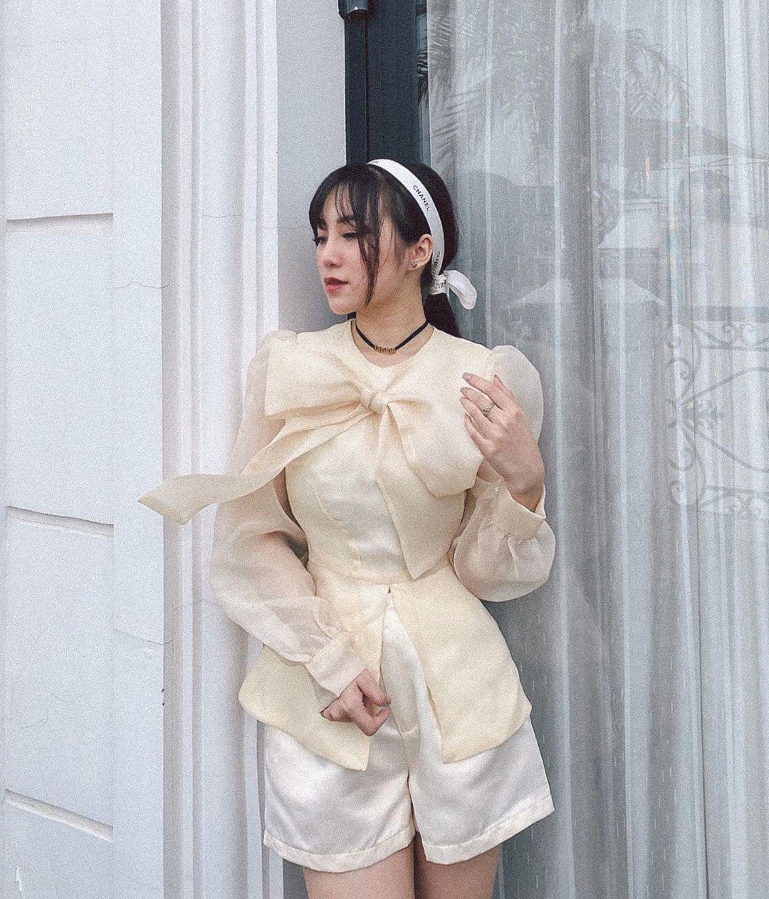 Chỉ bỏ ra từ 300k, các nàng đã sắm được áo blouse tiểu thư đẹp mê để đi cà phê trà bánh sống ảo cuối tuần - Ảnh 9.