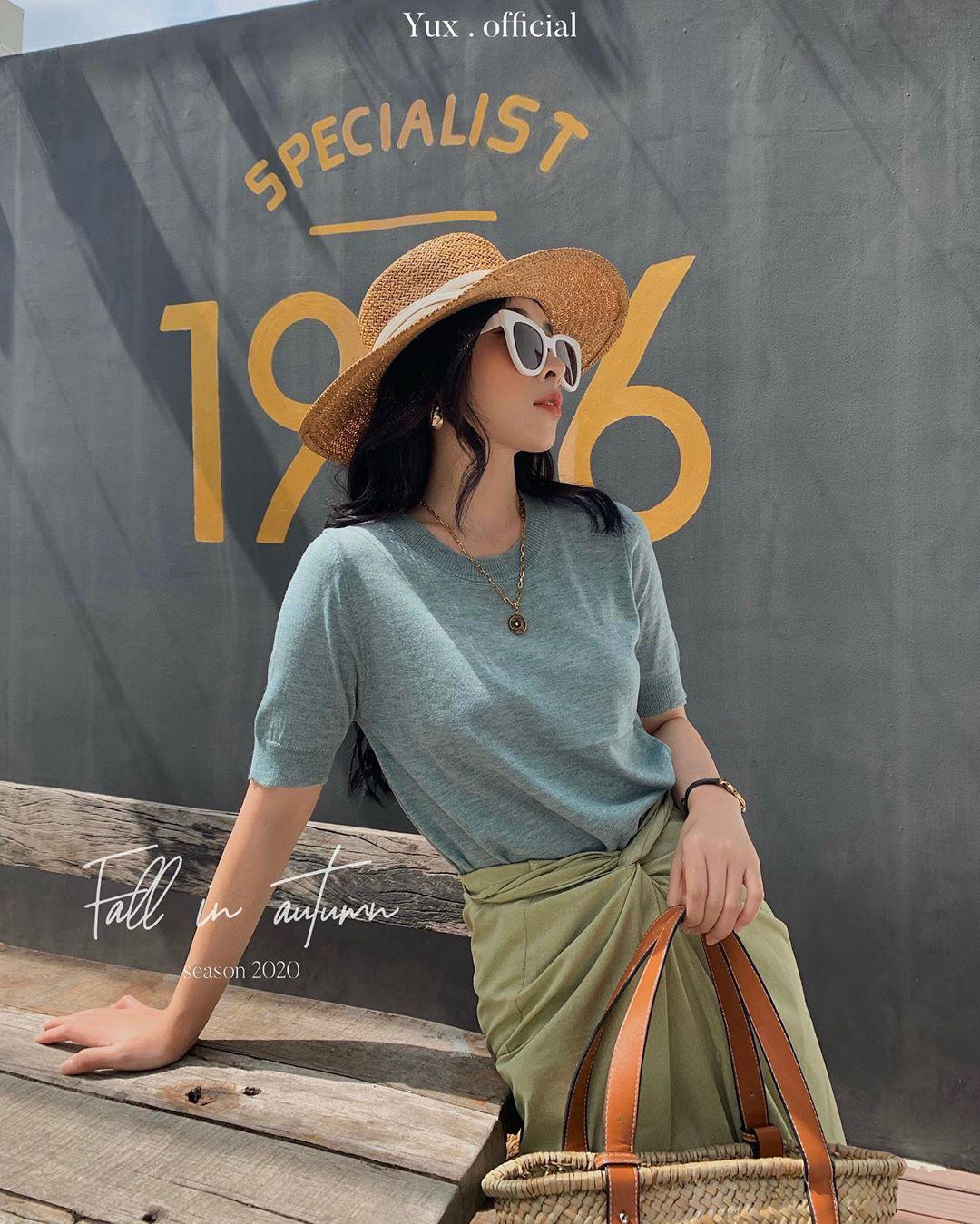 Ngắm 10 mẫu áo len cộc tay xinh chuẩn Hàn này, bạn sẽ muốn sắm bằng hết để diện dần  - Ảnh 19.