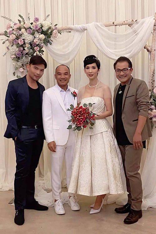 Việt Hương, Hồng Đào và dàn sao hải ngoại nô nức tham dự đám cưới của Xuân Lan tại Mỹ - Ảnh 1.
