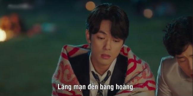 6 cảnh hậu trường ngọt cắm đầu ở Crash Landing On You: Hyun Bin si mê đến mức dính lẹo Son Ye Jin tối ngày - Ảnh 6.