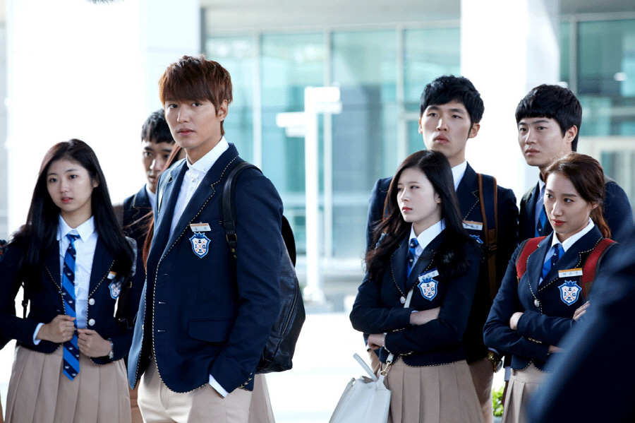 5 màn cưa sừng làm nghé xuất sắc nhất phim Hàn, Park Seo Joon trẻ trung đấy nhưng chưa bằng chị đại này - Ảnh 3.