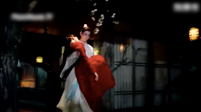Trai đẹp U50 Quách Phẩm Siêu vừa xuất hiện ở Chẩm Thượng Thư đã nhanh tay ẵm bồng Địch Lệ Nhiệt Ba lên giường? - Ảnh 4.
