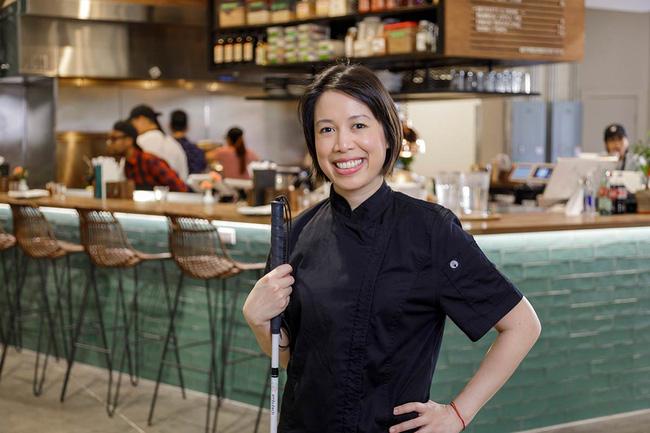 Đại diện nhà hàng của Christine Hà lên tiếng sau khi bị đầu bếp Việt chê dở lẫn miệt thị: Chính những người như anh ấy khiến ẩm thực Việt không thể được thế giới biết đến - Ảnh 1.