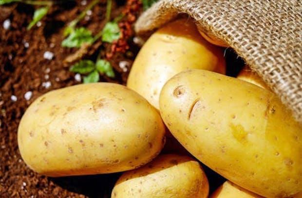 Chỉ 1 ly nước ép khoai tây mỗi ngày cho da sáng dáng xinh lại chữa bệnh, tăng cường miễn dịch: Chuyên gia nói gì? - Ảnh 3.