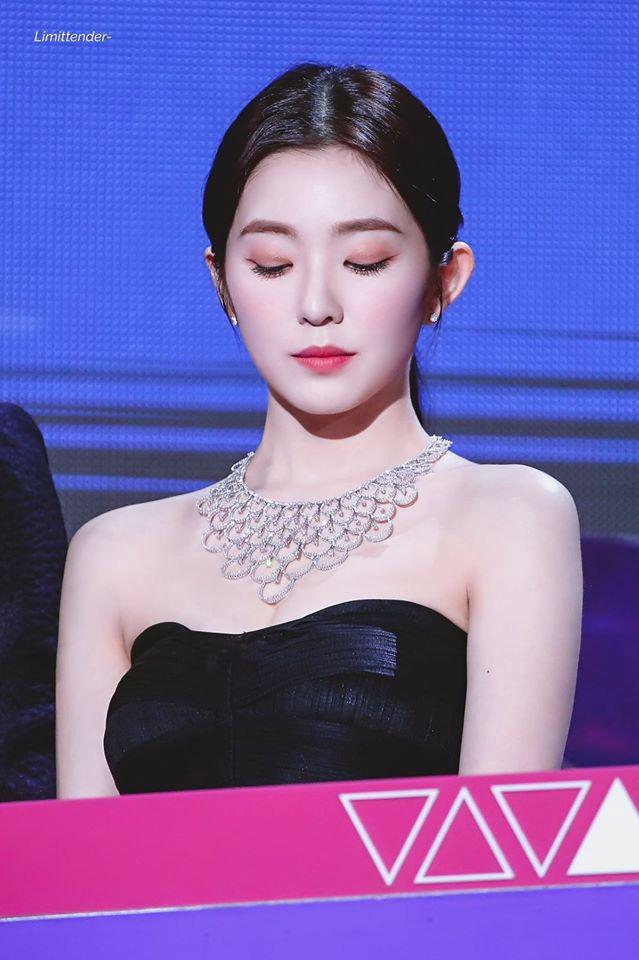 8 nàng búp bê sống của Kpop: Lisa siêu thực, mỹ nhân đẹp nhất thế giới Tzuyu có đọ lại dàn nữ thần đàn chị? - ảnh 21