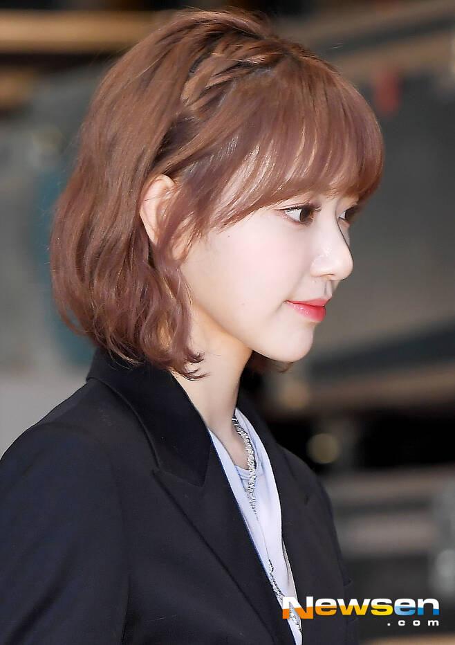 8 nàng búp bê sống của Kpop: Lisa siêu thực, mỹ nhân đẹp nhất thế giới Tzuyu có đọ lại dàn nữ thần đàn chị? - ảnh 32