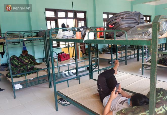 Cận cảnh bên trong khu cách ly người Việt từ tâm dịch virus Corona của Hàn Quốc về Đà Nẵng - ảnh 2
