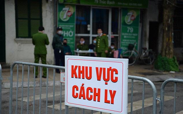 Hà Nội: Một hành khách Anh trên chuyến bay VN0054 tự đi xe máy đến BV xin tự cách ly