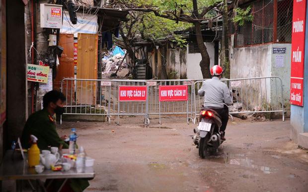Bệnh viện Xanh-pôn lên tiếng sau khi bệnh nhân 39 đến khám: Hàng rào phòng hộ COVID-19 của bệnh viện được đảm bảo