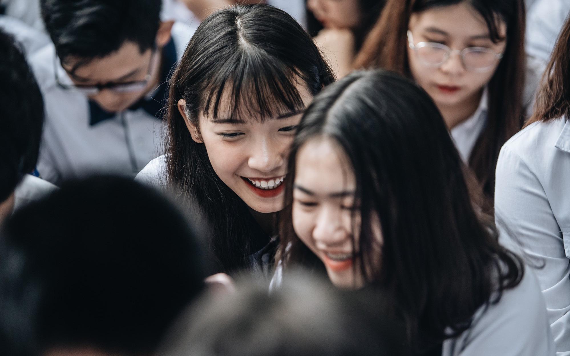 Sở GD&ĐT Hà Nội yêu cầu không thu bất kỳ khoản tiền phí nào đối với học sinh khi tổ chức dạy học trực tuyến