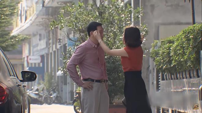 Rình mò bắt gian mợ 13 đong đưa bố, con gái rượu Quỳnh Kool nhận ngay một tát từ mẹ ruột trong Đừng Bắt Em Phải Quên tập 8 - Ảnh 5.