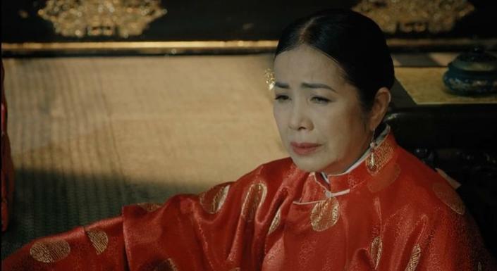 Em gái Trấn Thành vừa xuất hiện liền ăn đòn 30 hèo ở Phượng Khấu, thương ghê đóng phim nào cũng bị đánh - Ảnh 13.