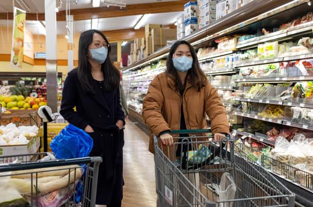 10 lưu ý giúp bạn tránh lây nhiễm Covid-19 khi phải đi mua sắm trong thời dịch - ảnh 1