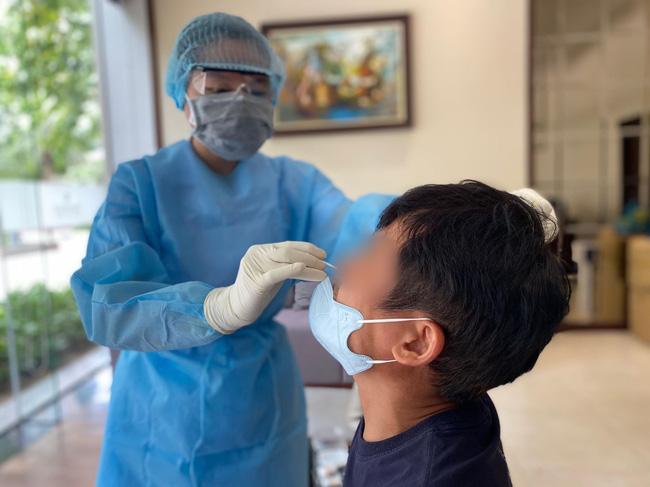 TP.HCM: Hàng chục hộ dân chung cư cao cấp có bệnh nhân nhiễm Covid-19 đóng cửa, không hợp tác lấy mẫu xét nghiệm - ảnh 6