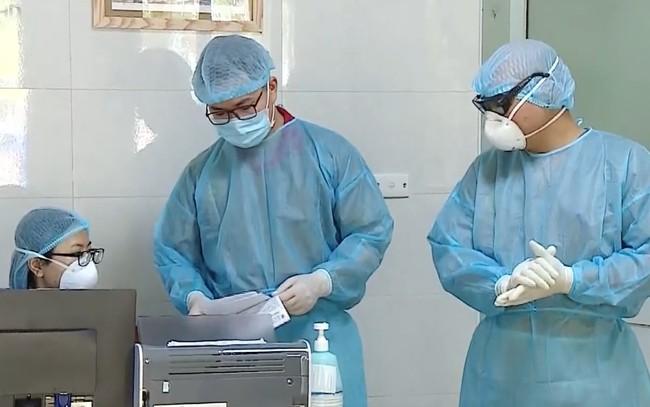 Bộ Y tế: 37 bệnh nhân nhiễm Covid-19 đã có kết quả xét nghiệm âm tính từ 1 - 4 lần - ảnh 1
