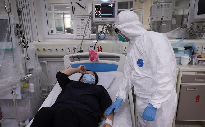 PGS.TS Nguyễn Huy Nga: Để có vắc-xin cho COVID-19 nhanh nhất phải là 1 năm - ảnh 1
