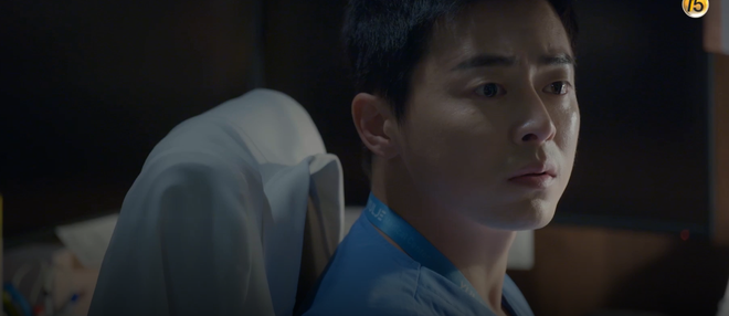 Hospital Playlist tập 3 hết tấu hài lại rút cạn nước mắt nhờ Jo Jung Suk, trở thành phim đài tVN đáng xem nhất lúc này! - ảnh 7