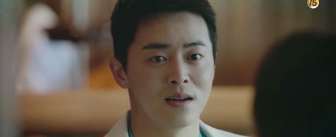 Hospital Playlist tập 3 hết tấu hài lại rút cạn nước mắt nhờ Jo Jung Suk, trở thành phim đài tVN đáng xem nhất lúc này! - ảnh 6