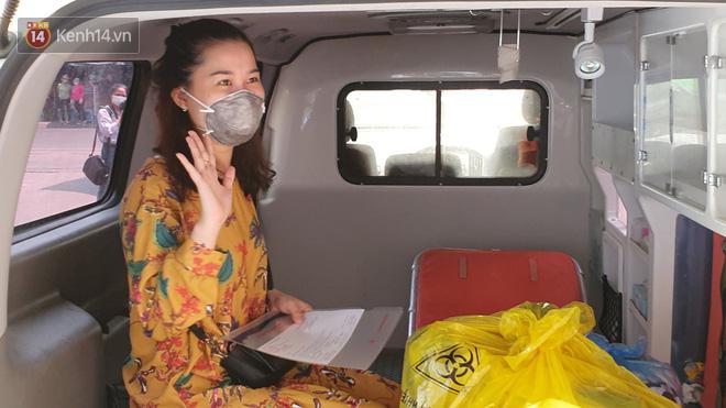 3 bệnh nhân mắc Covid-19 ở Đà Nẵng vui mừng khi được xuất viện, Việt Nam đã chữa khỏi 20 ca - ảnh 3