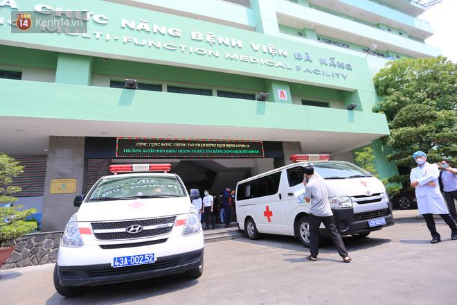 3 bệnh nhân mắc Covid-19 ở Đà Nẵng vui mừng khi được xuất viện, Việt Nam đã chữa khỏi 20 ca - ảnh 5
