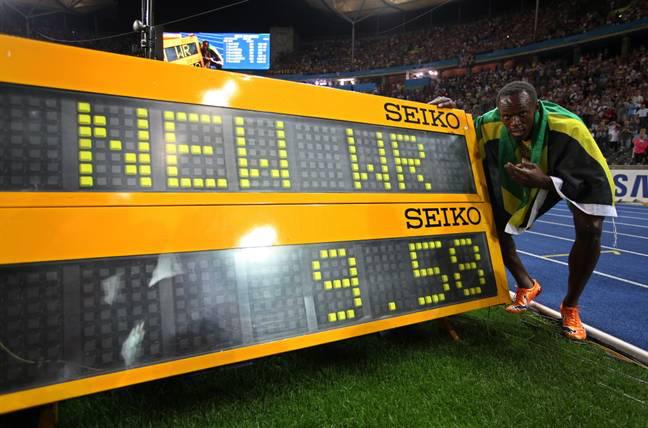 Nữ hoàng nhạc Pop Britney Spears khiến dân tình sốc nặng khi tự nhận phá kỷ lục của Usain Bolt tới 4 giây, còn đưa ra luôn cơ sở để chứng minh - ảnh 2