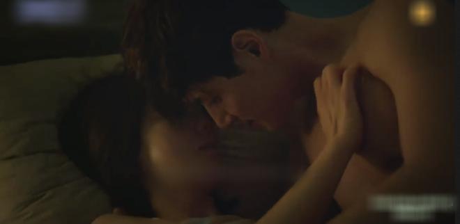 Phim 19+ Thế Giới Hôn Nhân: Màn tái xuất nóng bỏng của Kim Hee Ae, drama tiểu tam khiến chị em vừa xem đã muốn ở giá! - ảnh 8