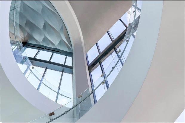Choáng với căn hộ siêu khủng nhà Beckham mới tậu: Nằm trên tòa tháp cao nhất thành phố, phòng ốc rộng mênh mông lại có chỗ đáp trực thăng riêng - ảnh 7