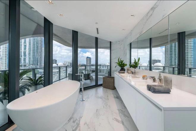 Choáng với căn hộ siêu khủng nhà Beckham mới tậu: Nằm trên tòa tháp cao nhất thành phố, phòng ốc rộng mênh mông lại có chỗ đáp trực thăng riêng - ảnh 5