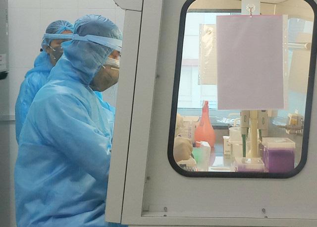 Diễn biến dịch Covid-19: Sáng 14/4 không ghi nhận thêm ca nhiễm mới, đã có 12 bệnh nhân liên quan đến ổ dịch thôn Hạ Lôi - Ảnh 1.