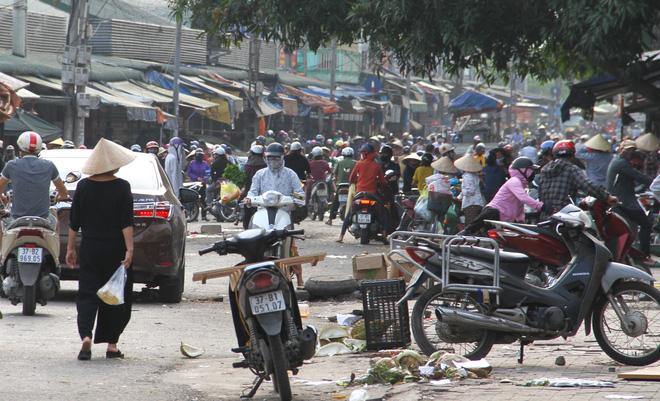 Diễn biến dịch Covid-19 ngày 15/4: Ca nhiễm số 267 là người dân thôn Hạ Lôi, Hà Nội đề xuất kéo dài cách ly xã hội đến 30/4 - Ảnh 2.