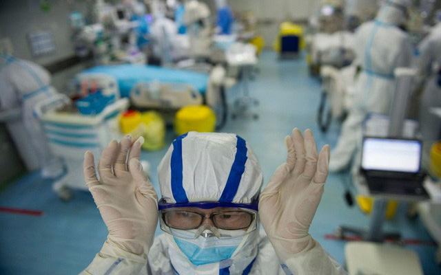 Tin vui: 2/4 bệnh nhân nặng đã có kết quả xét nghiệm âm tính 2 lần với virus gây bệnh COVID-19