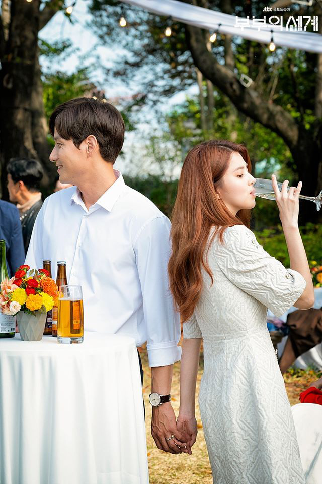 Universal introductory knowledge of Marriage World to those who have just sniffed on the most popular 19+ affair drama in Korea - Photo 3.