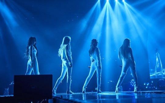 """Girlgroup Kpop nổi tiếng hát hay nhưng 5 lần 7 lượt dính tranh cãi đạo nhái, Knet thì """"ném đá"""" trong khi Vnet lại bênh vực hết mình"""