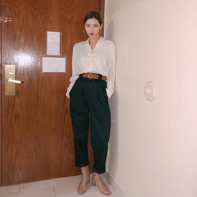 Loạt ý tưởng diện đồ cực xịn từ Sunmi giúp bạn diện lại quần áo cũ vẫn sành điệu không để đâu cho hết - ảnh 1
