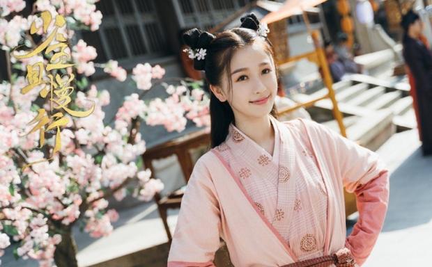 Thánh cuồng Lisa Ngu Thư Hân: Trong phim lố không kém ngoài đời nhưng số hưởng toàn cặp với toàn trai đẹp - ảnh 18
