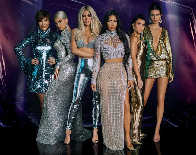 """Vén màn công thức bí mật giúp Kim Kardashian từ người hầu theo sau Paris Hilton trở thành nữ hoàng tạo nên """"đế chế tỷ đô"""" - ảnh 5"""